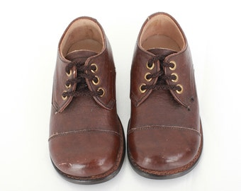 Vintage Toddler Shoes / Brown Shoes / 1960 Shoes / Toddler US Size 5.5 to 6.5