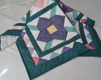 Handcrafted Bed of Roses Variety Quilt/Throw