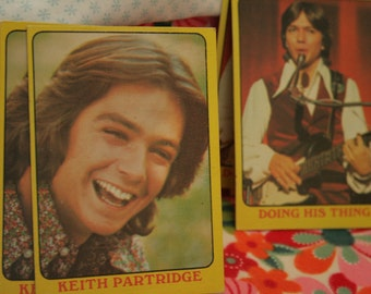 pile of partridge family collector Cards
