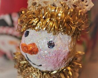 Sarah Snow: upcycled salt shaker snowman Christmas ornament/decoration