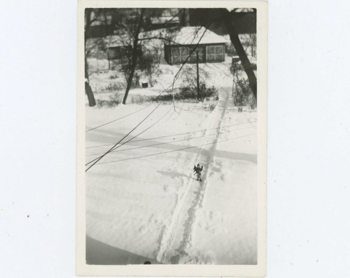 Vintage Snapshot Photo: Boy On Snowy Path (611518)