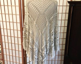 Vintage Ecru Crocheted Shawl in Open Patchwork and Rosette Style with Fringe