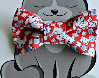 USA Patriotic Cat Print Bow Tie for Pets, Dog Clothing, Slide on Collar Accessory, Cat Bowtie, Handmade in Canada, Red, White, Blue