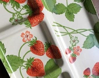 Vintage Platter- 1960, Serving Platter, Retro, Laminate, Strawberry, Platter, fiberglass, Serving Tray
