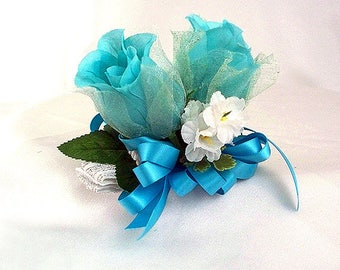 Turquoise blue wrist corsage, Turquoise bracelet, Bridemaid corsage, Mom to be corsage, Blue prom corsage