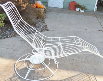 1960'S, Homecrest, Wire, Chaise, Eames Era, Siesta Chaise, Metal, White, Vintage, Mid Century Modern, Swivel Rocking, Adjustable, Chair
