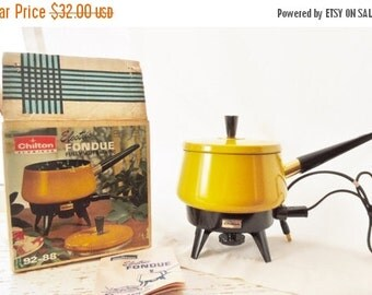 ON SALE Vintage 1970's, Fondue Set, Yellow, Sterno, Fondue Pot, Made in USA, Mid Century,  Retro, Mod, Never Used, Electric