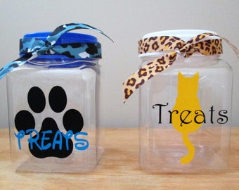Small Personalized Pet Treat Container - 1 Quart