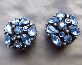 Adorable Ice Blue Vintage Kramer Rhinestone Earrings