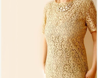 SALE Vintage  cream ivory dress lace by Alba Fornari , Made in Italy lace dress , medium/ M lace dress .