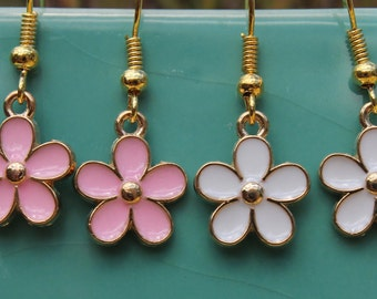 Pink or white and gold daisy earrings