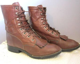 sz 7 Bronco Brown Kiltie Ankle Boot Man Made Women's size 7 Men's 5 1/2 D Fringe lace up western Vegan Roper Lace-Up Leather Look Grunge USA