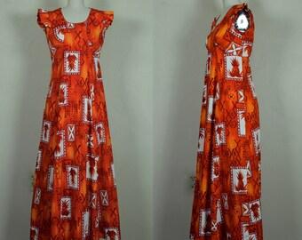 1960s Hawaiian Barkcloth Pineapple Print Vintage Gown