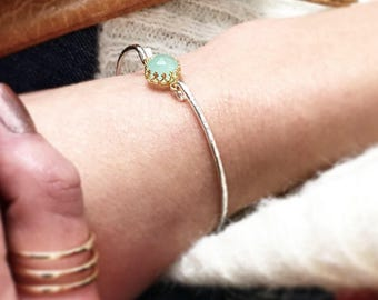 Seafoam Chalcedony Bangle Bracelet / 14k Gold Filled or Sterling Bangle / Aqua Gemstone Bangle / Bridesmaid Gift / Mint and Gold Maid of Hon