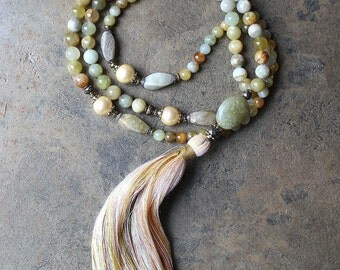 Beautiful xiu jade gemstone mala necklace