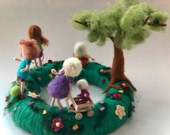 Table Wreath with playing children.Needle Felted. Waldorf.Wool,Vilten,