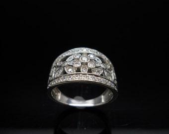 14k Gold Diamonique Ring Filigree Flower Cubic Zirconia Size 8 White Gold Wide Band