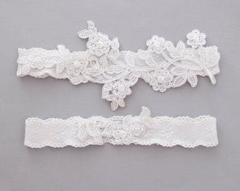 Pearl Beaded White Lace Wedding Garter Set,White  Bridal Garter, Blue Wedding Garter Belt