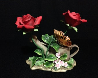 Vintage Ceramic Red Rose Figurine Capodimonte Style   (LDT5)