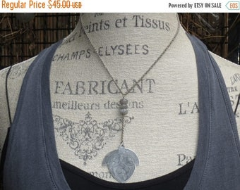 ON SALE Vintage Hill Tribe Acorn Etched Pendant with Labradorite Gemstone Bead Necklace