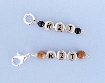 K2T knitting marker - lobster claw clasp or soldered closed ring (fits up to 3mm needle). Silver plated clasp + semi precious beads.