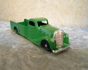 1940's Tootsietoy Pick-Up Truck