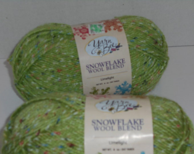 Snow Flake Wool Blend, Limelight color yarn, Wool Yarn, Knitting Yarn, Sweater Yarn