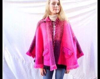 CLEARANCE Vintage cape, 1960s short cape, wool, wrap, shawl,  Pink, black, plaid, wool blend, hippie, boho, wool cape,mod
