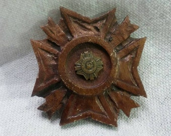 Trench Art Hand Carved Cross Pin Wood Militaria Veterans of Foreign Wars of the United States Folk Art American Eagle Rare Unique