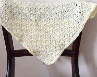 Baby blanket, Crochet, pattern, lemon , washable. FREEPOST UK