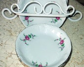 Roses Royal Kent Fruit Dessert ( Sauce ) 5-1/4 Inch China Bowl Made In Poland Pattern RKT23 Tableware Elegant Excellent Condition