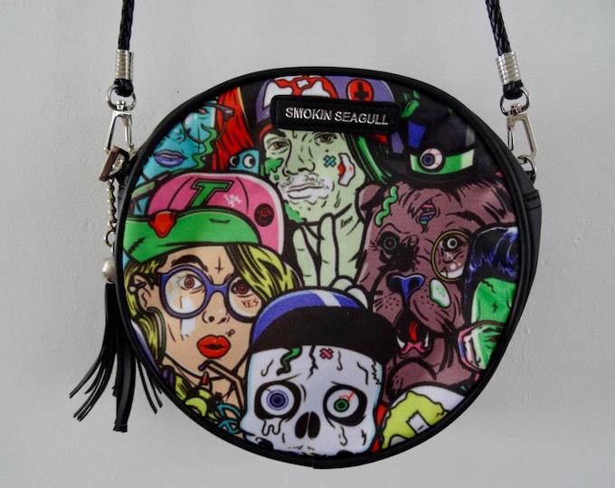 B-Movie Horror Black Round Handbag - Skull Zombie Monster Comic Book Bag Clutch