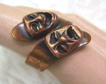 "Vintage  ""TRAGEDY And COMEDY"" By Pass Ring...Copper....Size 6...Theater...Drama Mask Ring....Copper Mask Ring"