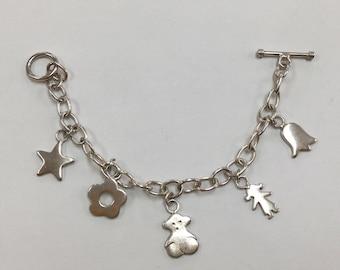 Vintage 925 Sterling Silver Charming Bracelet !!
