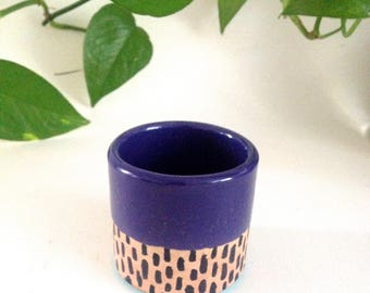Mid century modern clay pencil holder / Desk organizer / Two-tone dip dye color glaze and hand painted design