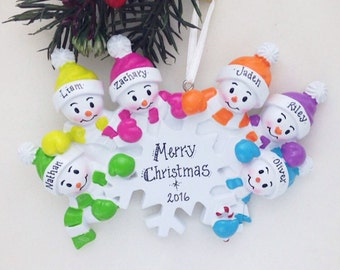 6 Snowmen Around a Snowflake / Personalized Christmas Ornament for family of 6 / Snowman Ornament