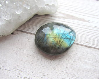 Labradorite Polished Pebble Palm Stone Worry Stone #04