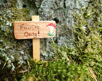 Fairies Only signpost for fairy garden