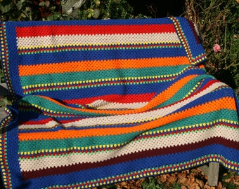 Casablanca : Retro french vintage afghan blanket, crocheted, bayadere lilim style.