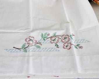 Vintage 1960s 1970s Pillow Case / Embroidered Flowers On White Cotton Cover Pillowcase / Home Linens Needlepoint