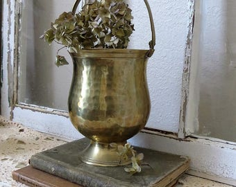 Lovely Vintage Brass Pot with Handle - Hammered Brass Planter
