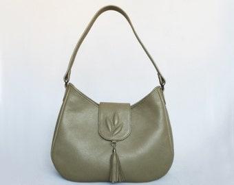 Leather shoulder bag. Olive green leather hobo purse. Medium size leather bag, embossed decor.
