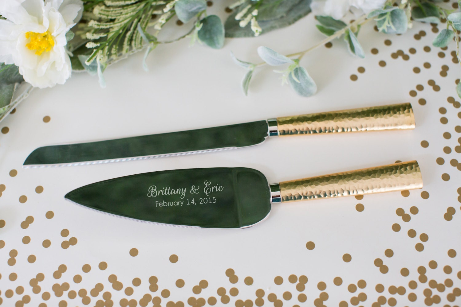 personalized hammered gold wedding cake knife and server set. Black Bedroom Furniture Sets. Home Design Ideas