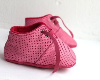 SALES 18-24 Months Slippers / Baby Shoes Lamb Leather OwO SHOES Pink