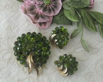 Vintage (1955-1960) Crown Trifari Crystal Brooch / Pin and Matching Earrings - Leaf Green