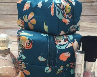 Teal Floral Mommy and Me Makeup Bag Set, Teal Makeup Bag Set, Floral Makeup Set, Floral Cosmetic Bags, Blue Makeup Set, Monogram Available