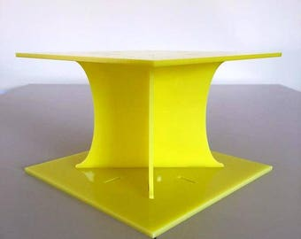 "Plain Square Yellow Gloss Acrylic Cake Pillars/Cake Separators, for Wedding / Party Cakes 10cm 4"" High, Size 6"" 7"" 8"" 9"" 10"" 11"" 12"""