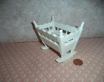 1:12 scale Dollhouse miniature white Cradle