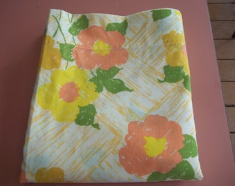 Flat sheet vintage J.P. Stevens and CO. Made in USA 1970s Orange Yellow Green