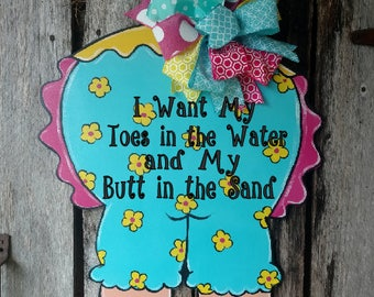 Summer Door Hanger, Beach Door Hanger, Pool Door Hanger, Butt in the Sand door hanger